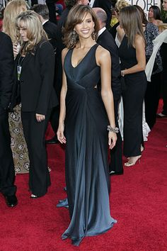 Who made Jessiva Alba's blue dress that she wore to The 2006 Golden Globes?