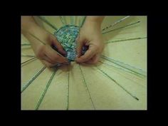 How to plait a round bottom from papers.  Part 1. - YouTube