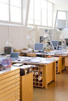 Studios Architecture, Modern Architecture House, Futuristic Architecture, Interior Architecture, Chinese Architecture, Modern Houses, Interior Work, Interior Design, High Walls