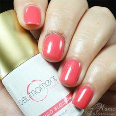 Flamingo Blossom by GelMoment Safe Nail Polish, Gel Polish, Nail Manicure, Diy Nails, Manicure Ideas, Nail Ideas, Pretty Gel Nails, Soak Off Gel, Nail Art Diy