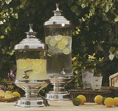 Serving sangria, punch, or any refreshment will just get a lot easier, and neater with our high quality Cairo dispenser