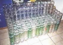 Resultado de imagem para moveis de plastico reciclado