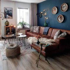 60 modern bohemian living room inspiration ideas 02 ~ Design And Decoration - Wohnzimmer - Home Living Room Sofa, Living Room Interior, Blue Living Room Walls, Blue And Brown Living Room, Living Room Decor Ideas Brown Sofa, Cozy Living, Living Room With Color, Apartment Living, Living Room Decor Colors