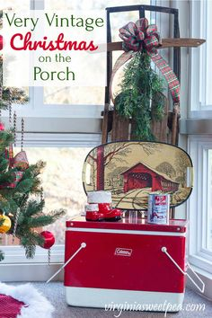 A Very Vintage Christmas on the Porch - Sweet Pea Christmas Window Boxes, Christmas Planters, Christmas Porch, Last Christmas, Christmas Balls, Vintage Christmas, Christmas Decorations, Holiday Decor, Porch Trees