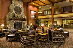 New York - Great Escape Lodge  http://www.sixflagsgreatescapelodge.com/