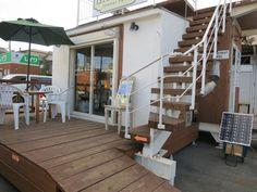 WOOD HUT DEN DIY関連用品販売に使用(組み立て家具展示、塗装材料他)