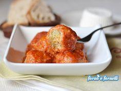 Le polpette di ricotta al sugo sono un tipico secondo piatto calabrese, sono una validissima alternativa alla carne e il loro sapore vi stupirà.