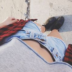 Find images and videos about fashion, style and pretty on We Heart It - the app to get lost in what you love. Hipster Fashion, Grunge Fashion, I Love Fashion, Passion For Fashion, Fashion Beauty, Hipster Style, Teen Fashion, Soft Grunge, Alternative Rock