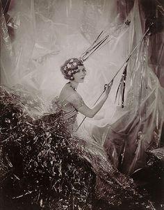 no.7088 - cecil beaton shooting star 1928