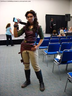 Zoë Washburn (from Firefly)   by TsukiNoBara    Photographed by QueenBotu at SDCC 2008      Finally! A Zoë that actually resembles Gina Torres.