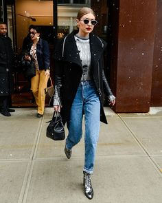 LOOK OF THE DAY: @gigihadid is our off-duty goals! #OOTD #GigiHadid  via MARIE CLAIRE AUSTRALIA MAGAZINE OFFICIAL INSTAGRAM - Celebrity  Fashion  Haute Couture  Advertising  Culture  Beauty  Editorial Photography  Magazine Covers  Supermodels  Runway Models