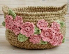 Crochet Patterns Fingerless Gloves Beautiful Ideas For 2019 Crochet Bowl, Crochet Basket Pattern, Crochet Flower Patterns, Crochet Designs, Crochet Flowers, Crochet Baskets, Crochet Gifts, Crochet Yarn, Crochet Jar Covers