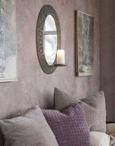 Speil med lysholder modell ESMERALDA Se vårt store utvalg av speil og interiør på: www.mirame.no  #speil #lys #stue #gang #kubbelys #innredning #møbler #farger #shabbychic #mirame #pris  #interior #interiør #design #nordiskehjem #vakrehjem #nordiskdesign  #oslo #norge #norsk  #bilde #speilbilde #klokke #veggspeil #rom123  #morsdag #nyheter #søndag #esmeralda
