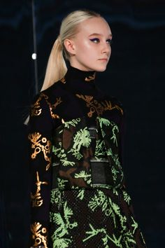 Kenzo Fall 2014 RTW - Details - Fashion Week - Runway, Fashion Shows and Collections - Vogue