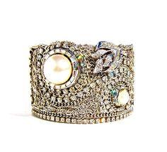 Wedding jewelry pearl bracelet vintage restyled