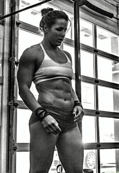 onlyfitgirls: Stacie Tovar by @janeenchangphotography
