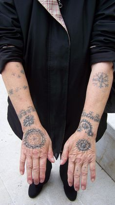 Croatian Catholic woman Anđe Jakovljević (born Glavaš) in in village Cvitović, Municipality Jajce , Bosnia and Herzegovina, A woman in the village tattooed her Croatian Tattoo, Samoan Tattoo, Polynesian Tattoos, Body Art Tattoos, Hand Tattoos, Tattoo Ink, Tattoos For Women, Tattoos For Guys, Slavic Tattoo