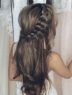długie włosy na komunie Braided Hairstyles, Cool Hairstyles, Prom Hair Tutorial, Simple Prom Hair, Braided Half Up, Homecoming Hairstyles, Hair Pictures, Fishtail, Blond