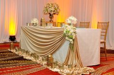 The head-table set for Ayanthi's and Asela's wedding at Oak Room, Cinnamon Grand Colombo.