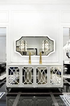 Home Decor Ideas selected 20 Luxury Wall Mirrors Designs for your Home. With these expensive mirrors, you'll get a luxury interior design without any effort. Mirrored Furniture, Luxury Furniture, Modern Furniture, Home Furniture, Furniture Design, Outdoor Furniture, Handmade Furniture, Sideboard Modern, Diy Vintage