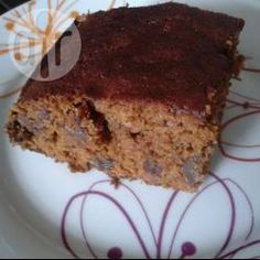 American Date Loaf / A very juicy, slightly sticky date cake that . Cake Recipes Uk, Date Recipes, Sweet Recipes, Muffin Recipes, Vegan Recipes, Sticky Date Cake, Sticky Date Pudding, Date Loaf, Dairy Free Treats