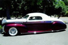 before the cookie cutters came along  1941 Lincoln zephyr @Diane Volker  I WANT THIS SO BAD