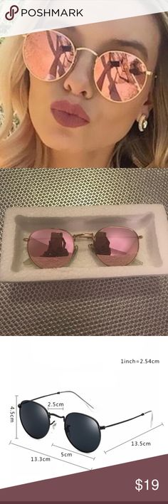 NWT mirrored rose gold sunglasses Ships same or next day. Mint condition. Vogue Vice Accessories Sunglasses