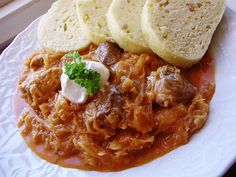 Segedínsky guláš Czech Recipes, Old Recipes, Russian Recipes, Snack Recipes, Cooking Recipes, Snacks, Ethnic Recipes, Goulash, Curry