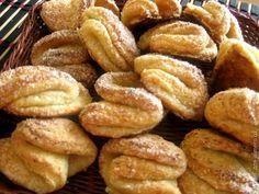 Сахарное печенье с творогом (поцелуйчики)