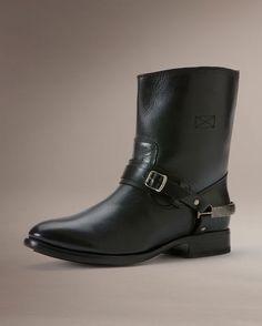Women's Lindsay Spur Short Boot - Black