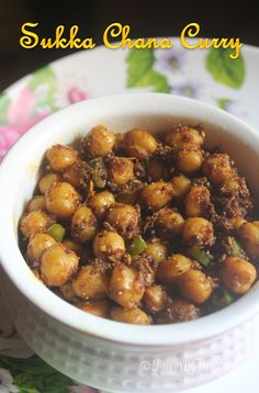 Delicious masala tossed chana curry which is not only easy to make but taste so yummy and spicy. This makes a great sidedish for roti as well. Veg Recipes, Curry Recipes, Indian Food Recipes, Asian Recipes, Vegetarian Recipes, Cooking Recipes, Healthy Recipes, Paneer Recipes, Copycat Recipes