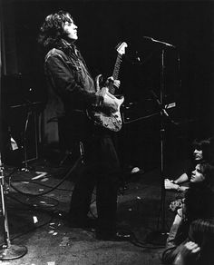 Picture of Rory Gallagher — PNG