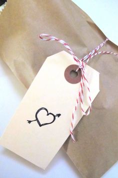 simple valentine packaging from Vintage Paper Parade