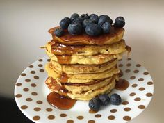 Lavkarbo pannekaker. Fluffy, lette og veldig gode. Klikk  deg inn å bloggen for oppskrift. Cottage Cheese, Pancakes, Protein, Food And Drink, Breakfast, Desserts, Blogging, Morning Coffee, Tailgate Desserts