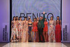 Benito Fernandez: cinturas marcadas, vestidos largos y cortos. inspiracion indú en la paleta de colorados, detalles dorados, brillos. Tambien estampados florales