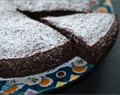 Low GI Recipe: Flourless Chocolate-Hazelnut Cake