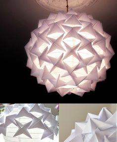 Lámpara DIY con formas de origami / vía http://crafts.tutsplus.com/
