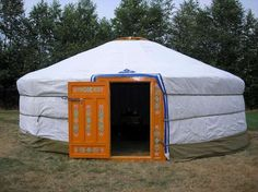 """How To Build A Cheap Portable Home (Yurt) For SHTF..Building a """"yurt"""" is really easy to do and is a strong structure. This design has been used for thousands of years and is a proven shelter for tribes. This knowledge could help you if you had to bug out as this is really simple to build and you could dismantle and erect this in 30 mins or less."""