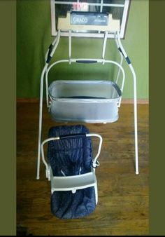 Vintage graco baby swing with interchangeable swinging bassinet in good working condition Graco Baby Swing, Baby Swings, Teenage Years, Bassinet, Childhood Memories, Little Ones, Old School, Car Seats, Miniatures