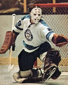 Al Smith - Pittsburgh Hockey Shot, Women's Hockey, Hockey Games, Pittsburgh Penguins Goalies, Pittsburgh Sports, Penguins Players, Goalie Mask, Vancouver Canucks, Sports Pictures
