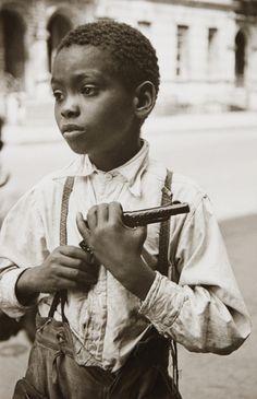 Helen Levitt, 'New York City (young boy)', 1942