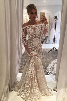elegant off shoulder wedding gowns with appliques flowers, fashion mermaid dreamy wedding gowns.