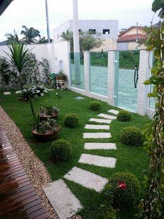 Idéia para o jardim da frente da casa Senderos de jardín Paisajismo de patio Jardines