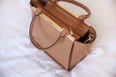 41f1274835 Givenchy Signature #Antigona Small Leather Satchel #Givenchy #Fashion  #Handbags #Style # · Sac À MainTop ...