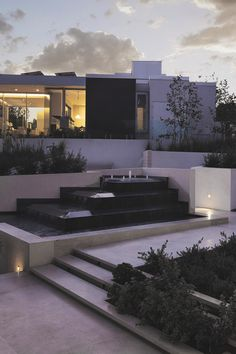 lemme-holla-at-you:  envyavenue:  Beverly Hills Home | Photographer  X