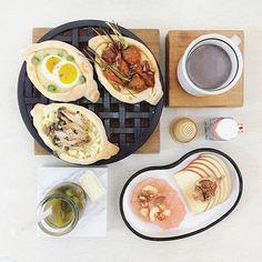 . good morning thusday :-D))) . #goodmorning #morning #breakfast #yummy #goodfood #instafood #onthetable  #homemade #foodie #foodstagram #igfood #foodphotography #foodphoto #yum #2eat2gether  #S_S_iloveBreakfast #朝食 #早餐 #朝ごパン #烘培 #baking #麵包  #bread #turkishpide #土耳其麵包 #パン