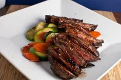 Balsamic Glazed Skirt Steak: Was really good- but we have a bottle of balsamic glaze we drizzled on top for a stronger flavor. Balsamic Marinade For Steak, Balsamic Glaze, Marinated Steak, Entree Recipes, Pork Recipes, I Love Food, Good Food, Skirt Steak Recipes, Juicy Steak