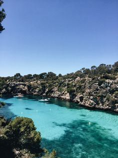 Mallorca Beach Guide: Cala Pí  - teetharejade.com