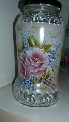 Glass Bottle Crafts, Glas - Quilling Deco Home Trends Glass Bottle Crafts, Bottle Art, Lighted Wine Bottles, Glass Bottles, Mason Jar Art, Borcane Mason, Decoupage Jars, Painted Glass Vases, Decorated Jars