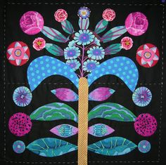 Block 1 Hoping you all had a wonderful Christmas & that Santa brought you all you wished for, I was fortunate to receive more KF fabr. Hand Applique, Machine Applique, Wool Applique, Applique Patterns, Applique Quilts, Applique Designs, Quilting Designs, Quilt Patterns, Block Patterns